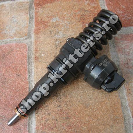 Injector pompă diuză VW Audi 1.9 TDI 130 CP 038130073AR