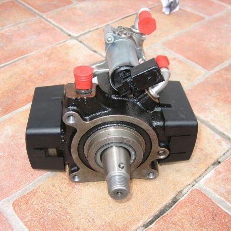Pompă de înaltă presiune VW Audi 1.6 TDI 03L130755E