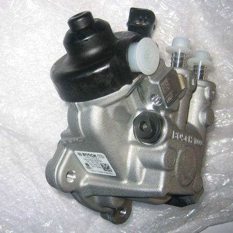Pompă de înaltă presiune VW Audi 2.0 TDI 136-170 CP 03L130755