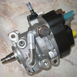 Pompă de injecție Dacia Renault 1.5 dCi Euro 5 Delphi 167000741R / 167003608R / 28351705 / 28285432