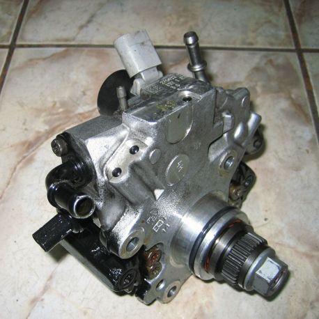 Pompă de înaltă presiune Mercedes 1.8 CDI, 2.0 CDI și 2.2 CDI 28297640 / A6510701201 / A6510701801 / A6510700701 / 28343143